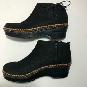 DANSKO EMBROIDERY  BOOTS